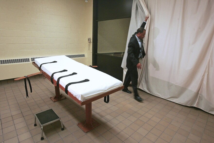 a photo of death penalty bed