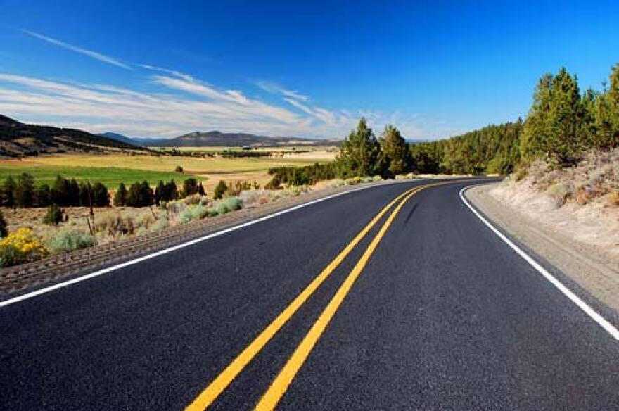 Rural_Road_Klamath_County.jpg