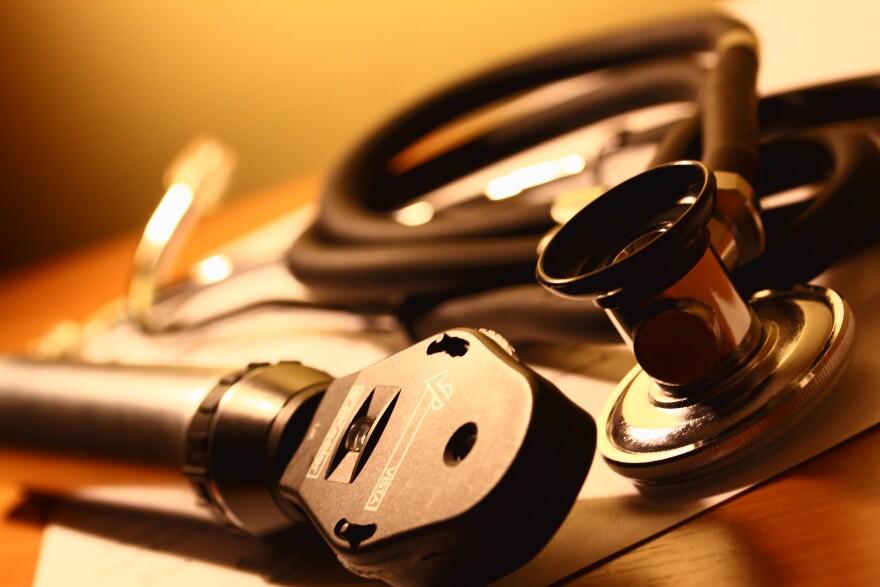 stethoscope_albumarium.jpg