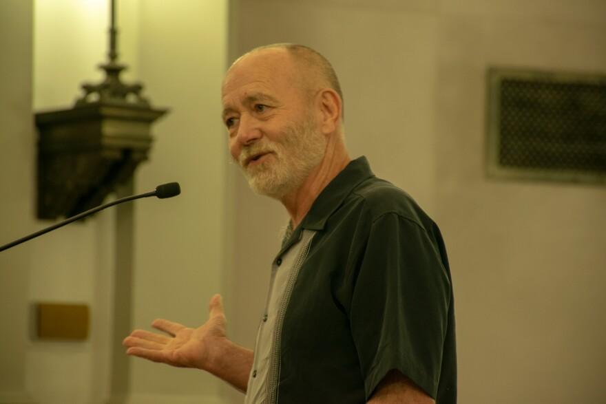 Larry Chapman at HUDZ meeting, June 27, 2018