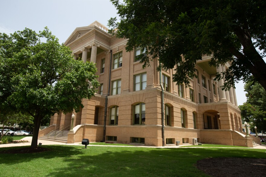 williamson_county_courthouse_0.jpg