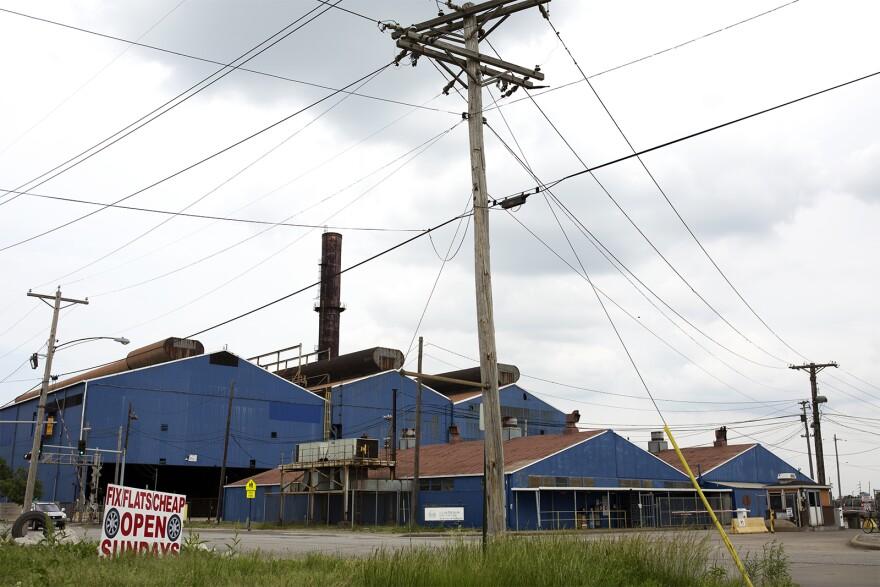 U.S. Steel's Granite City plant sprawls across 1,500 acres — a Metro-East landmark .