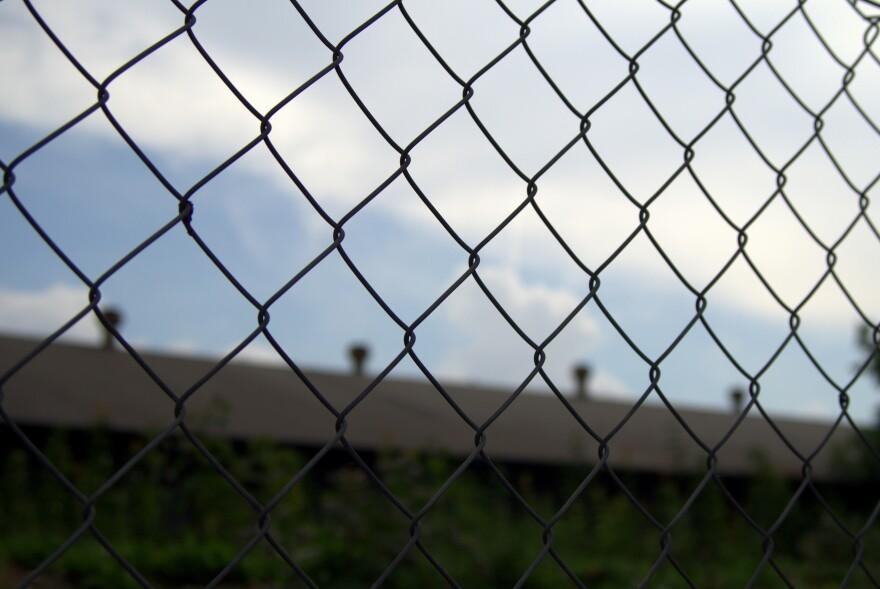 2019-06-05-prisonoutsourcing-unknown-cc0.jpg