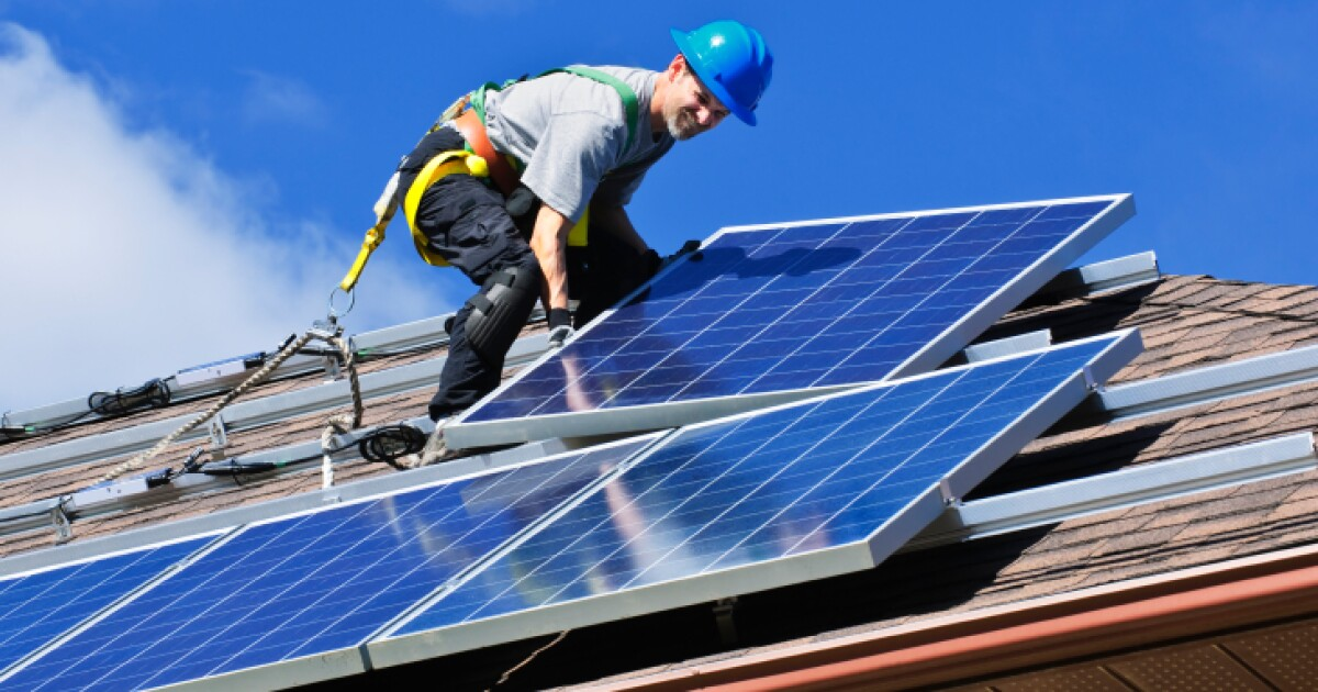 As Solar Jobs Rise In Missouri Clean Energy Advocates Press For Better State Policies St Louis Public Radio