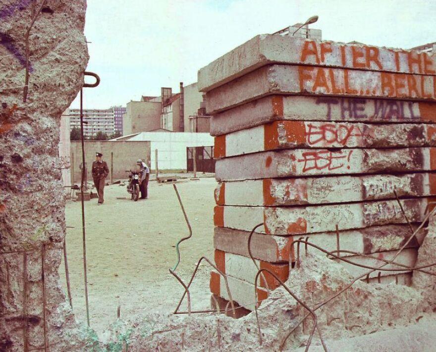 berlin_wall_after.jpg