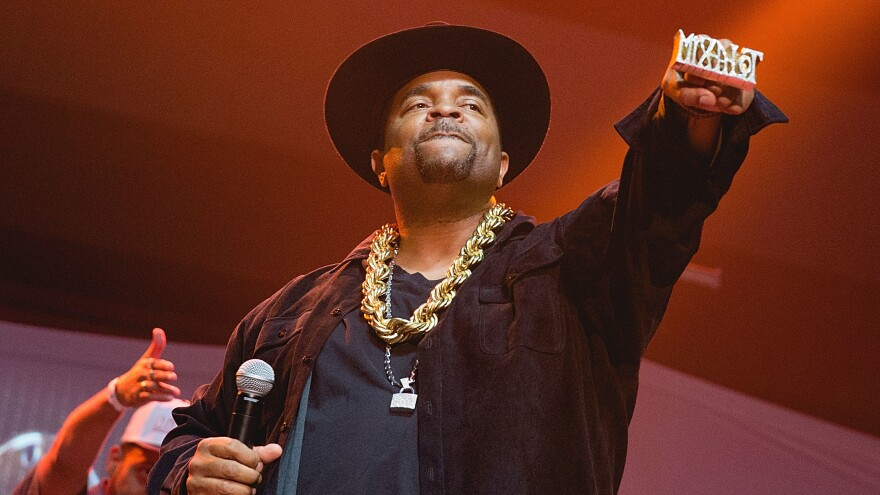 """Sir Mix-a-Lot in 2016, performing in Texas as part of the """"(Baby Got) Back to the 90's"""" concert tour."""
