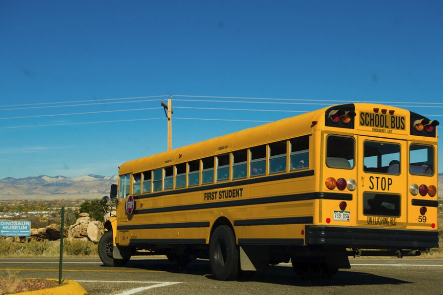 school-bus-fruita-co_fcc-sqfp_11052010_0.jpg