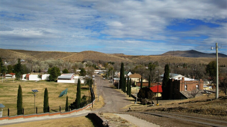 Colonia Juarez is an orderly, prosperous town with a population of approximately 1,000 people, located at the foot of the western Sierra Madres in Mexico. Of the population, most are Mormons and about 40 are Romneys.
