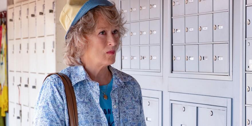 Retiree Ellen Martin (Meryl Streep) chases a paper trail in Steven Soderbergh's <em>The Laundromat.</em>