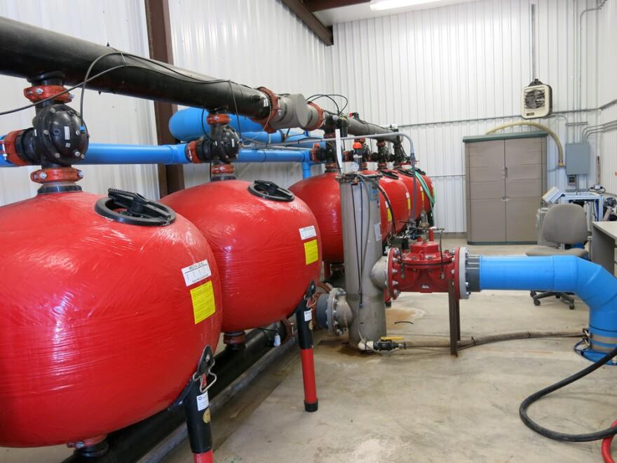 0819_efficient-irrigation-cisterns.jpg