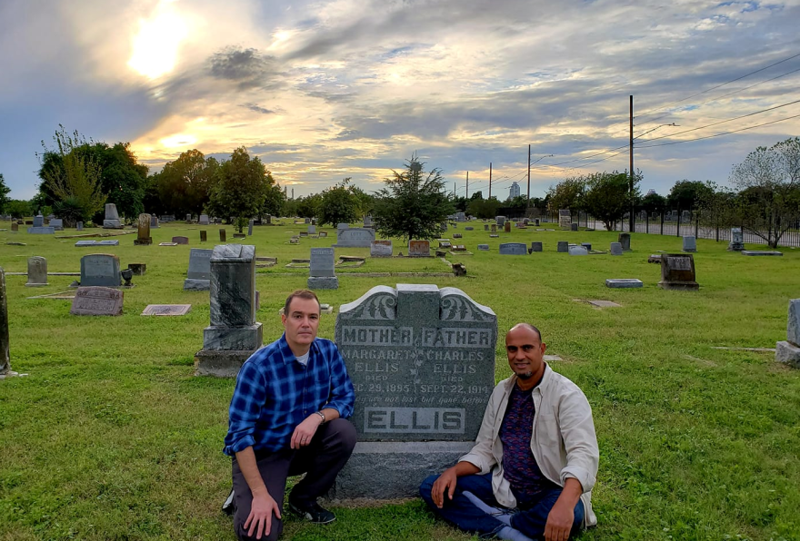 karl_jacoby_and_chip_williams_at_ellis_parent_s_grave_in_sa_-_c._williams_and_k._jacoby.png