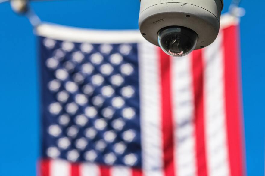 flag-usa-controls-security-camera-97509.jpg