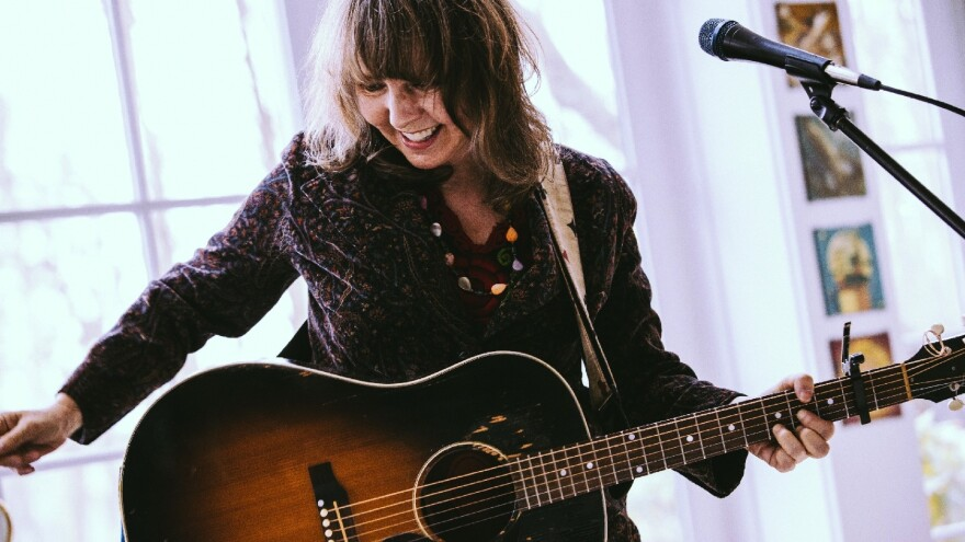 Amy Rigby played with Last Roundup and The Shams before she began her solo career.