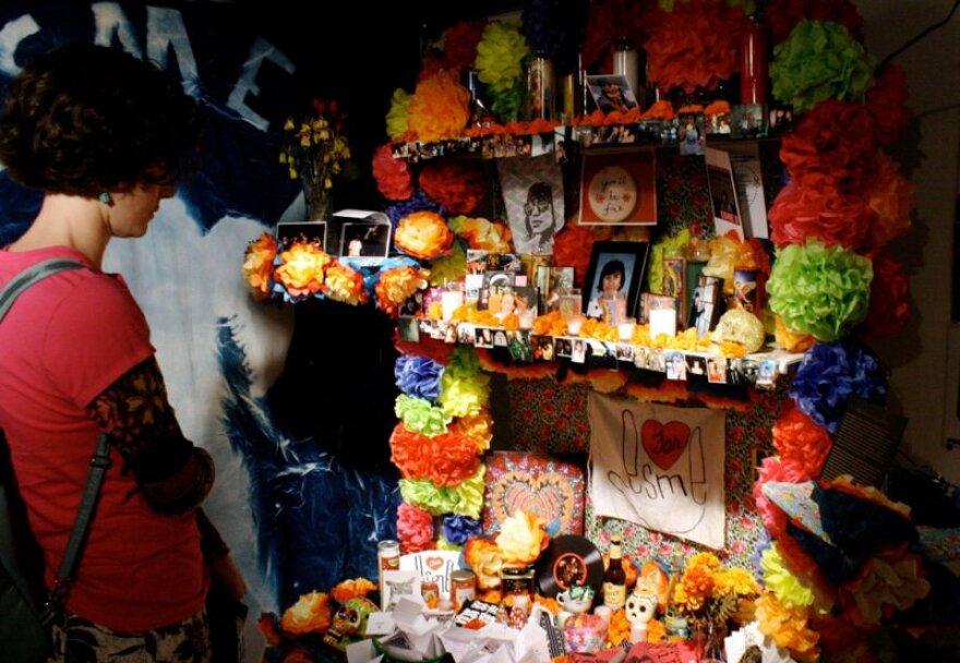 Esme Barrera Memorial at Mexic Arte.jpg