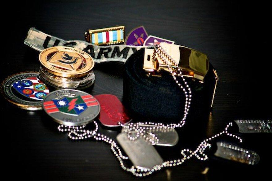 Veterans_Day_medals_coins.jpg