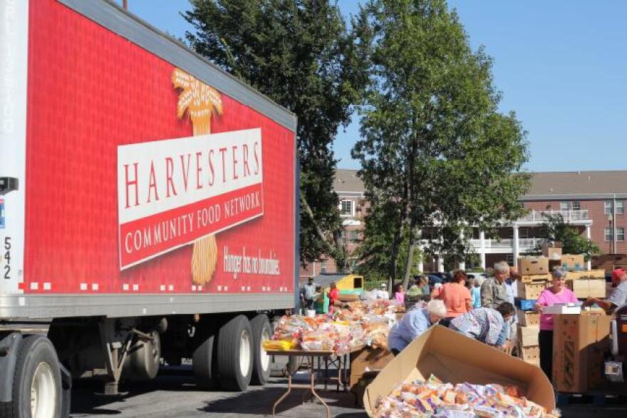 Harvesters_FoodTruck.jpg
