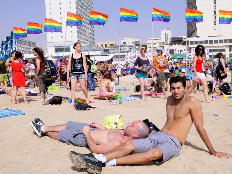 Thousands of members of Israel's gay community and its supporters marched on June 11, 2010, in the annual gay pride parade in Tel Aviv. The parade began in central Tel Aviv and ended at the city's beachfront.