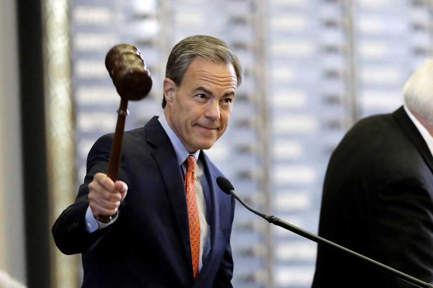 Texas Speaker of the House Joe Straus, R-San Antonio, calls the House of Representatives to order in Austin, Texas in July 2017.