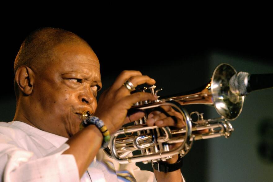 Hugh Masekela performs in New Delhi in 2004.