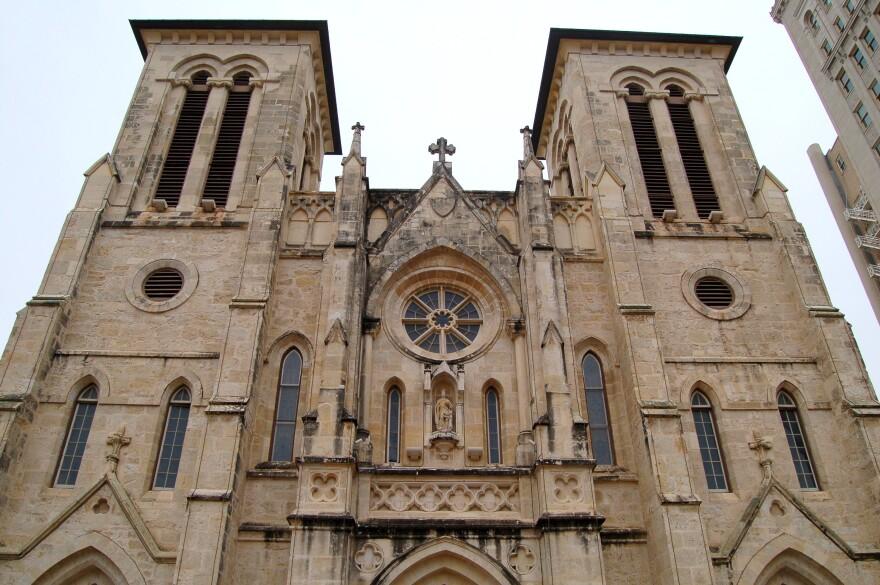 san-fernando-cathedral-130115.jpg