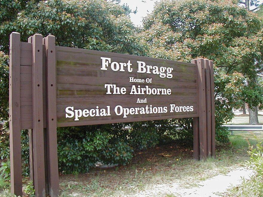 1024px-Bragg_gate.066.jpg