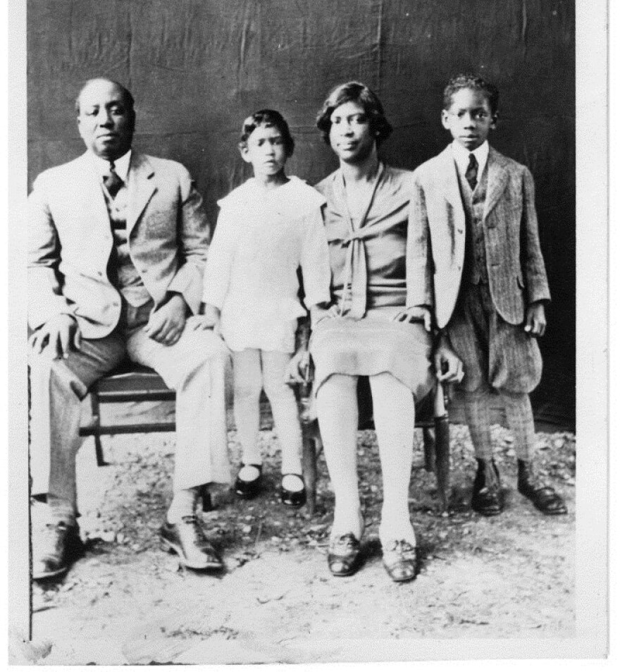 william_ross_and_family_image_for_conference_ahc_0.jpg