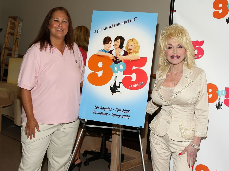 "Patricia Resnick (L) and singer/actress Dolly Parton attend the ""9 to 5: The Musical"" press conference in 2008."