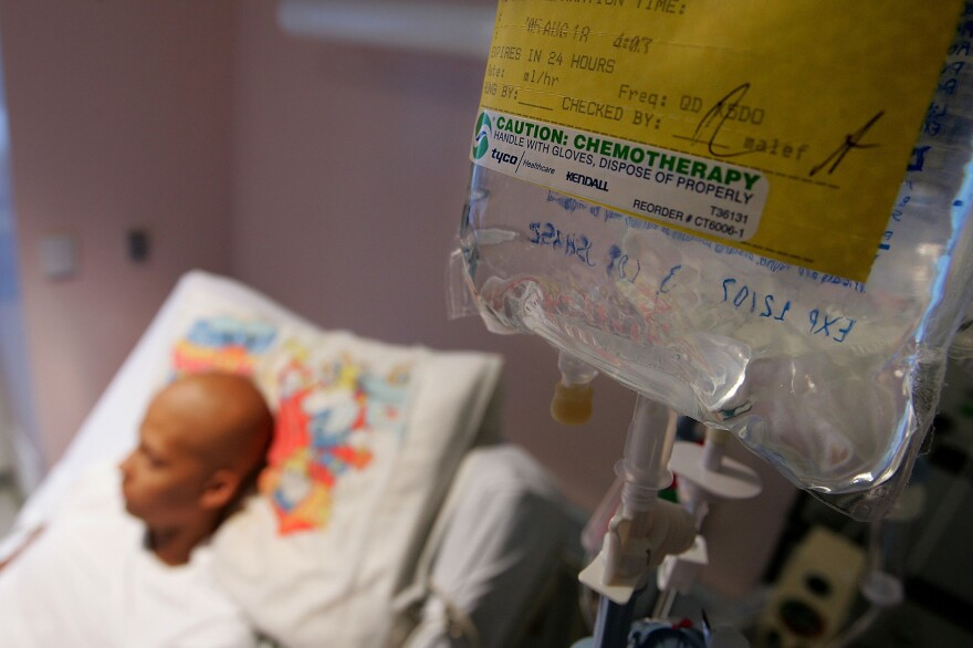 Eighteen-year-old cancer patient Patrick McGill lies in his hospital bed while receiving IV chemotherapy treatment for a rare form of cancer at the UCSF Comprehensive Cancer Center Childrens Hospital Aug. 18, 2005 in San Francisco, Calif. (Justin Sullivan/Getty Images)