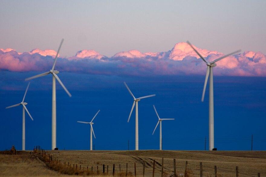 ucar_cedar-creek-windfarm.jpg