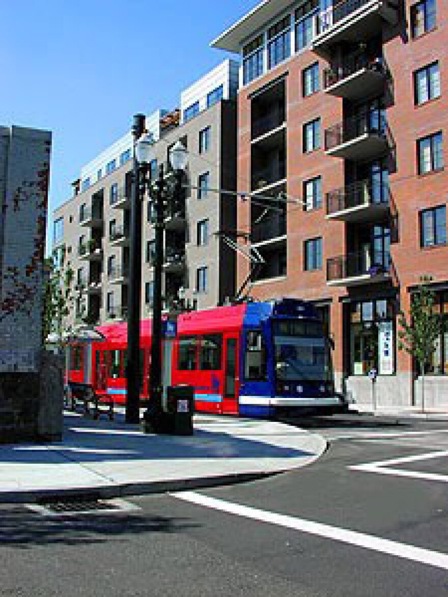 Portland_Streetcar_10.jpg