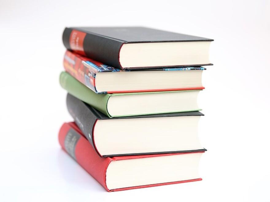 books_441866_640.jpg