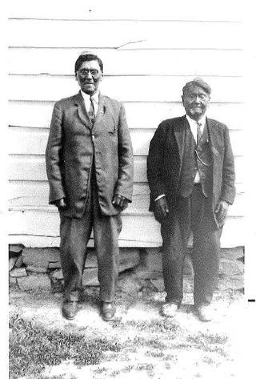 Photo of Yeager Timbimboo and Ray Diamond.