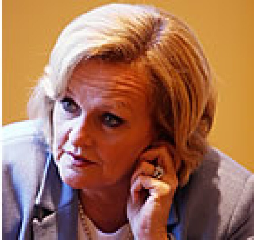 "DON""T USE TOO SMALL Claire McCaskill"