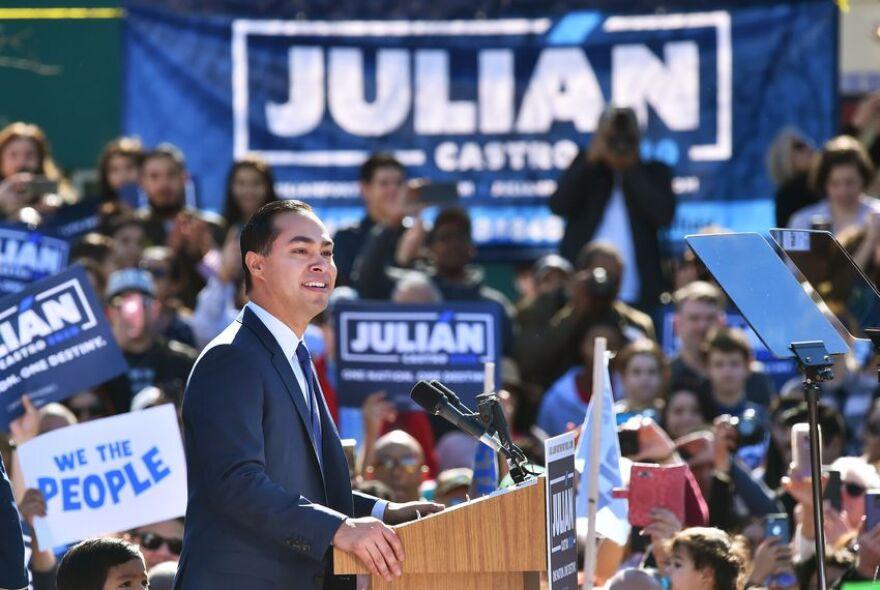 Former San Antonio Mayor Julian Castro