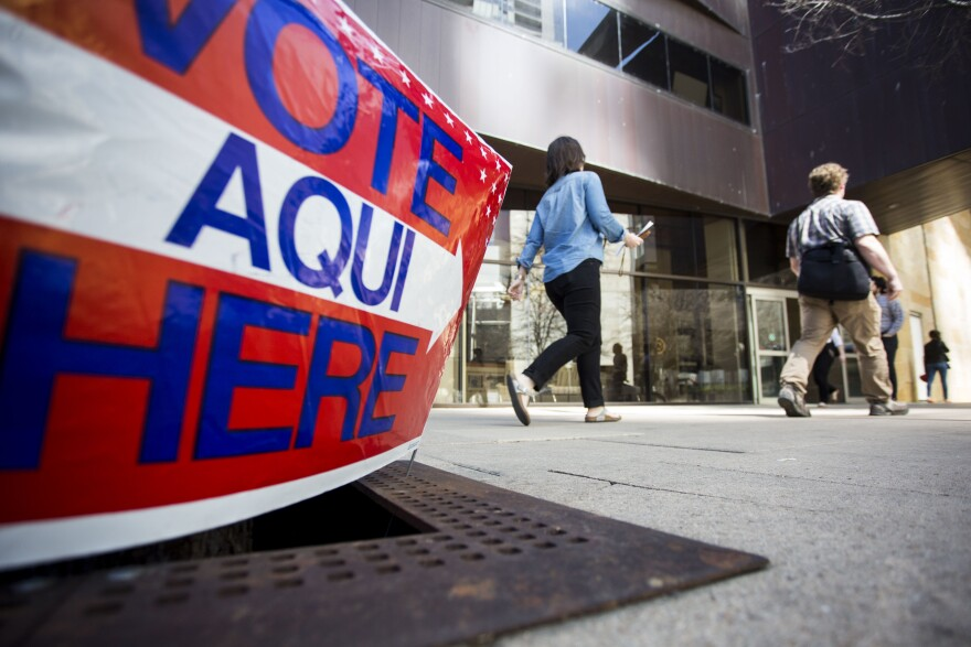 austin_city_hall_voting.jpg