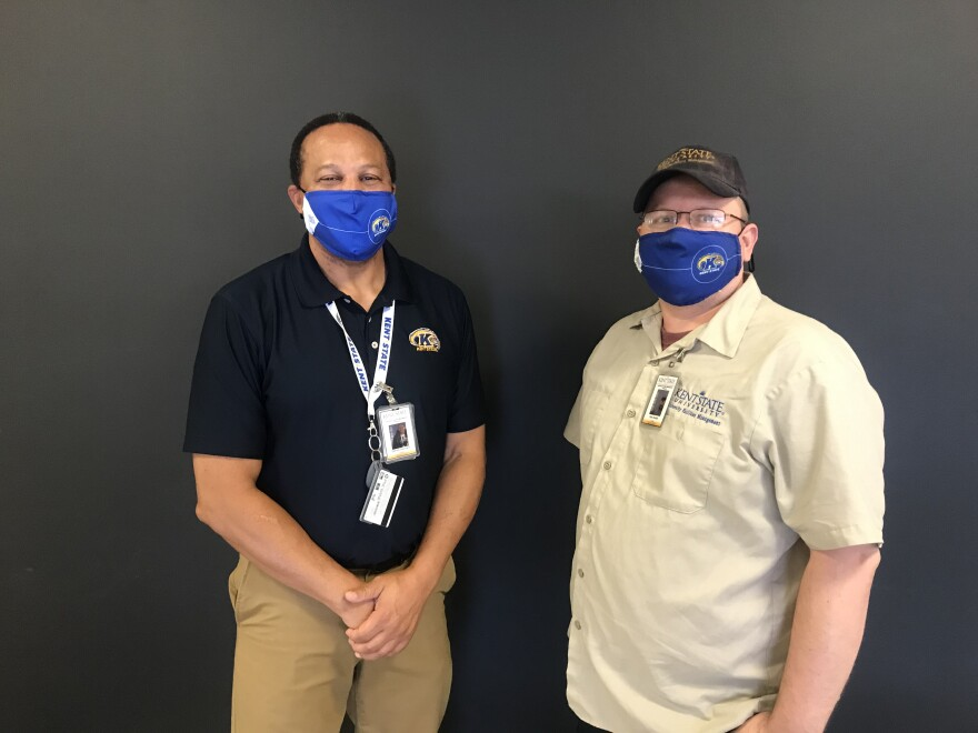 a photo of KSU housekeeping manager Darrell DeLoach and Crew leader Don Grubb