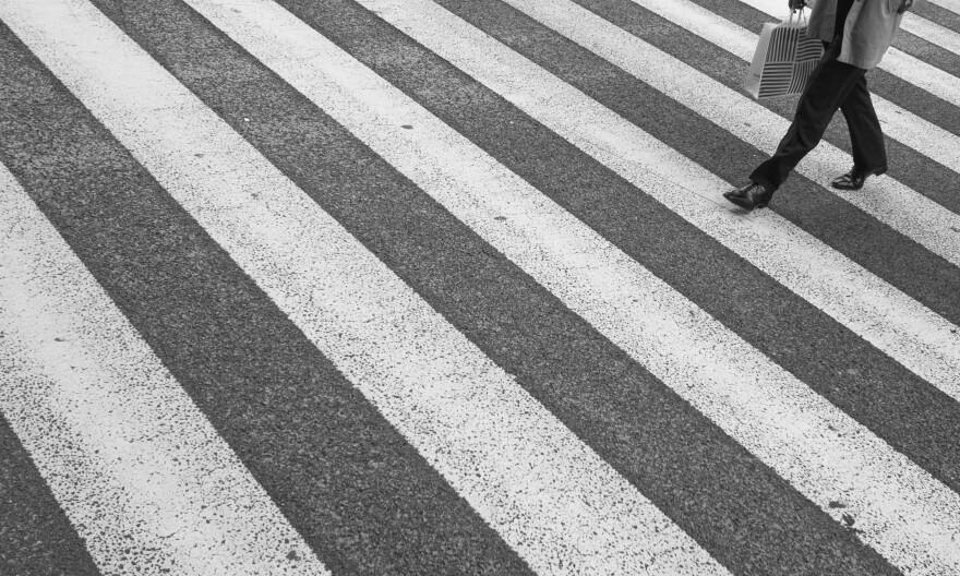 pedestrian_crosswalk_pixnio__2_.jpg
