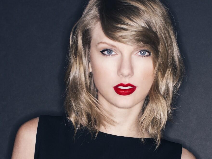 Taylor Swift's new album is titled <em>1989</em>.