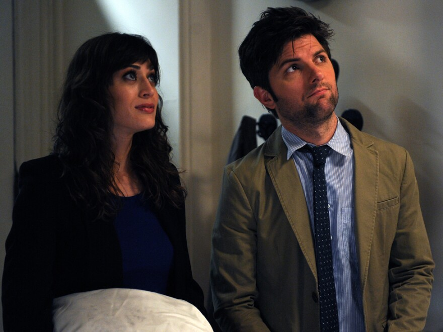 Gena is torn up about re-encountering her high-school love, Clyde (Adam Scott, Caplan's <em>Party Down</em> co-star).