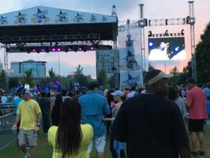 Morris Day and the Time performing at 2017 RiverFest in Little Rock.