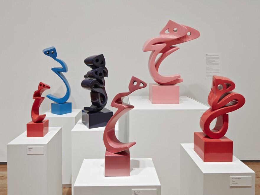 Fiberglass <em>Heech</em> sculptures by Parviz Tanavoli.