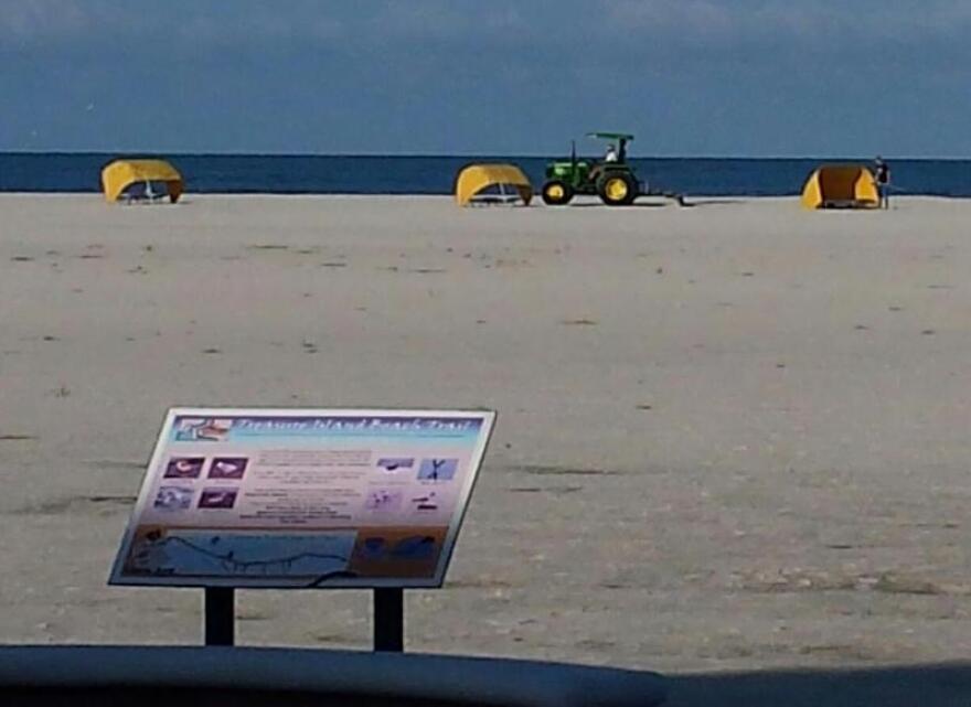 beach_raking_0.jpg