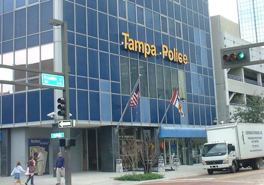 tampa_police_mike_halterman__wikimedia_.jpg