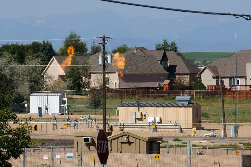 jh_greeley-well-flaring-08292013.jpg
