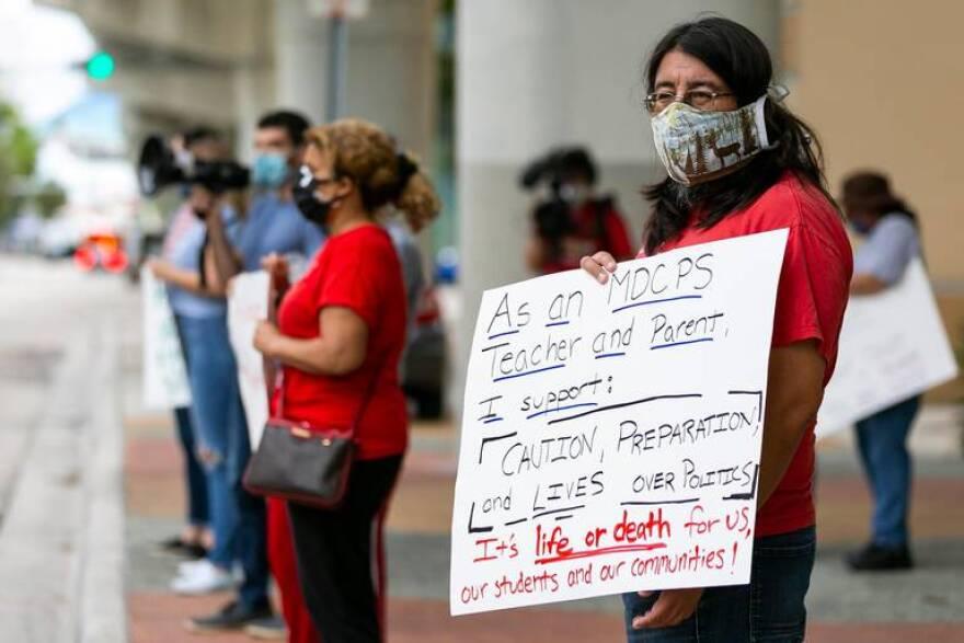 Teacher protest Miami Dade Miami Herald Matias Ocner.jpeg