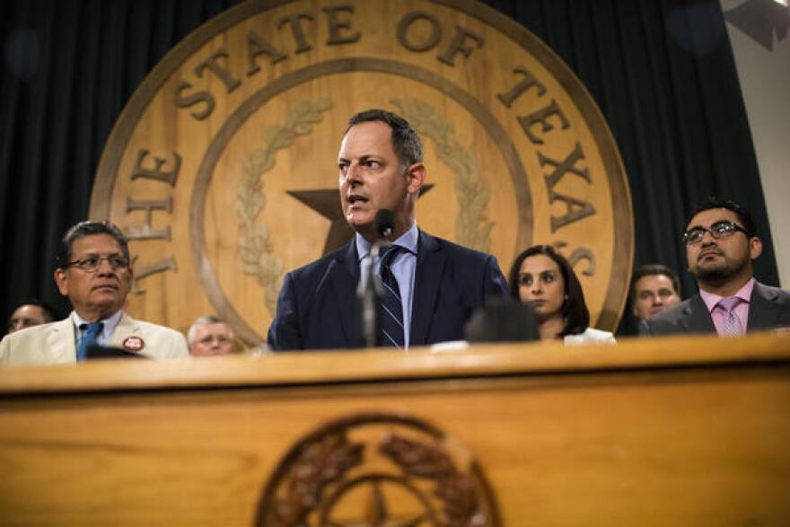 """Dallas state Rep. Rafael Anchia is calling on House Speaker Joe Straus to allow Senate Bill 4, the so-called """"sanctuary cities"""" bill, to the floor so it can be repealed."""