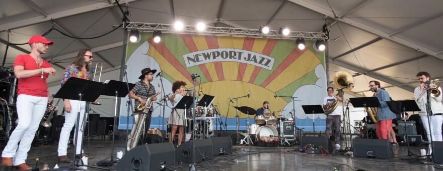 The Bogie Band at Newport