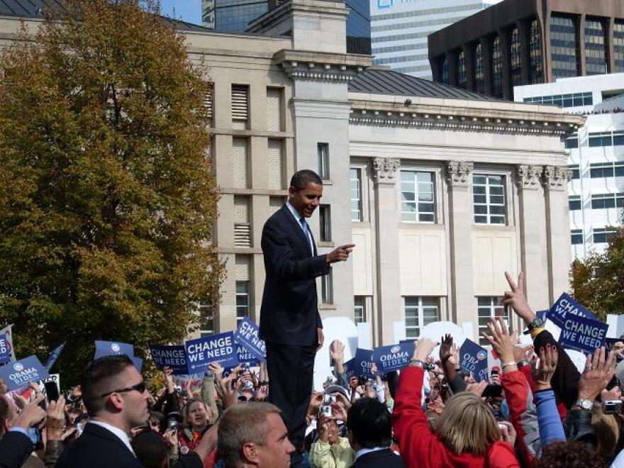 President_Obama_Campaigning.jpg
