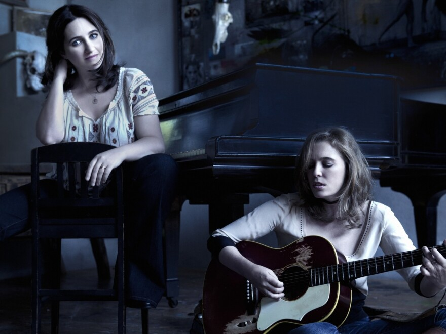 Classical pianist Simone Dinnerstein (left) and singer-songwriter Tift Merrit collaborate on the new album <em>Night</em>.