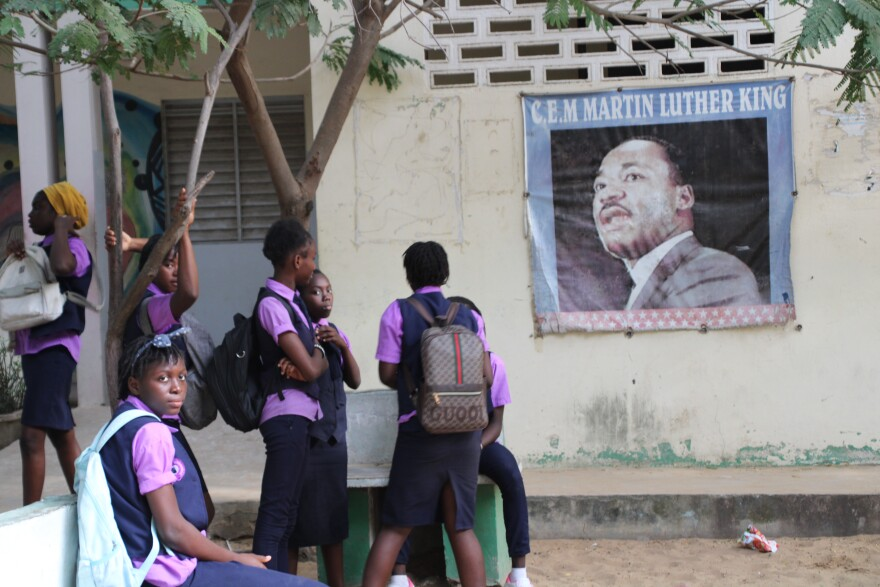 011819_mtj_girls_at_mlk_school_in_dakar.jpg